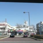 金剛駅前とタクシー乗り場(周辺)